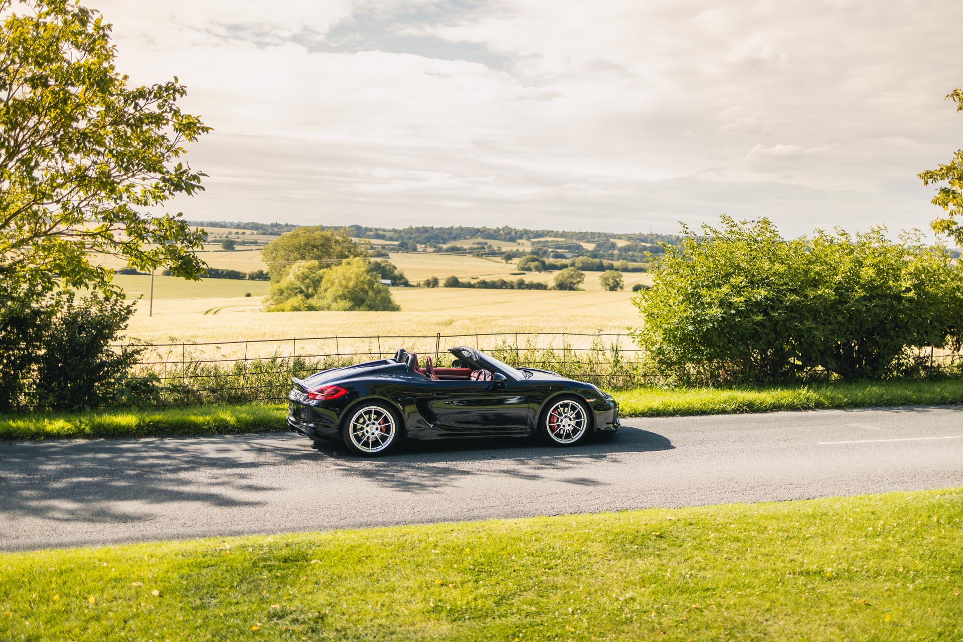 981-boxster-spyder-countryside