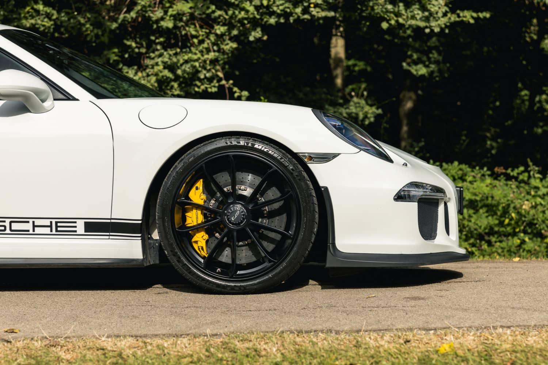 991.1 GT3 CS 11