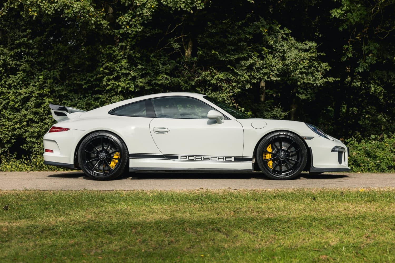 991.1 GT3 CS 12