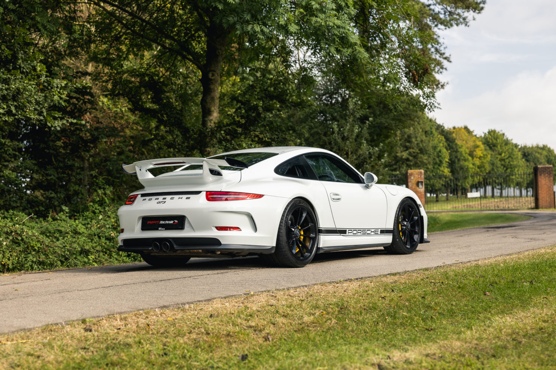 991.1 GT3 CS 4