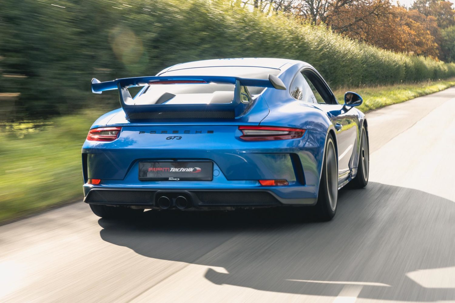 991.2 gt3 driving