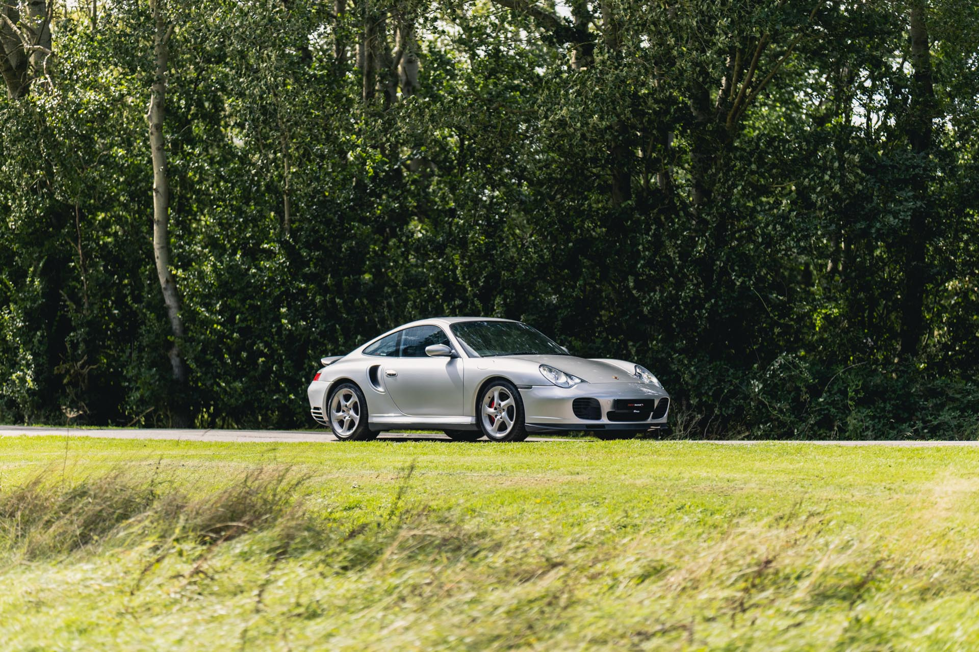 996-turbo-in-countryside