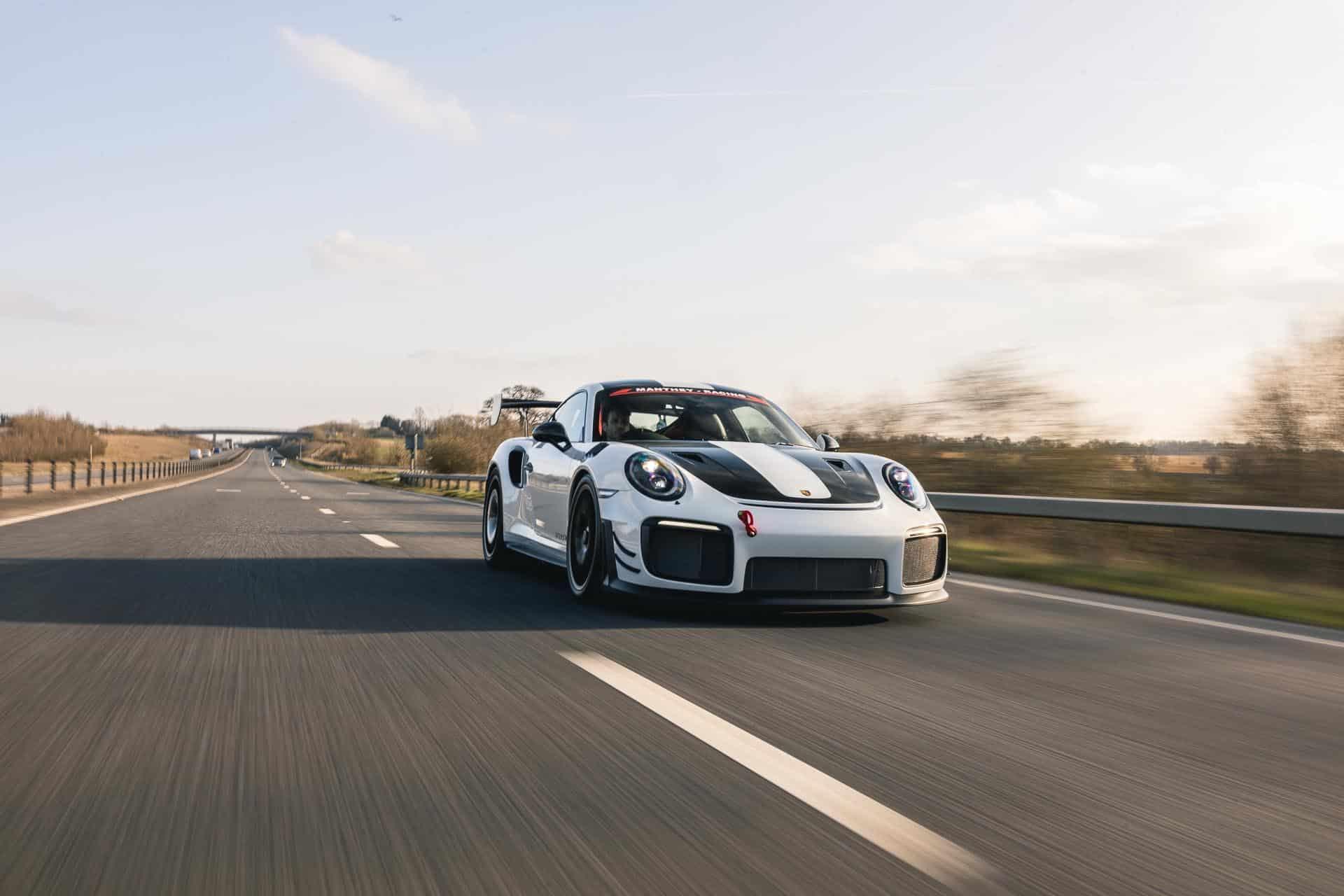 GT2 RS MR White1