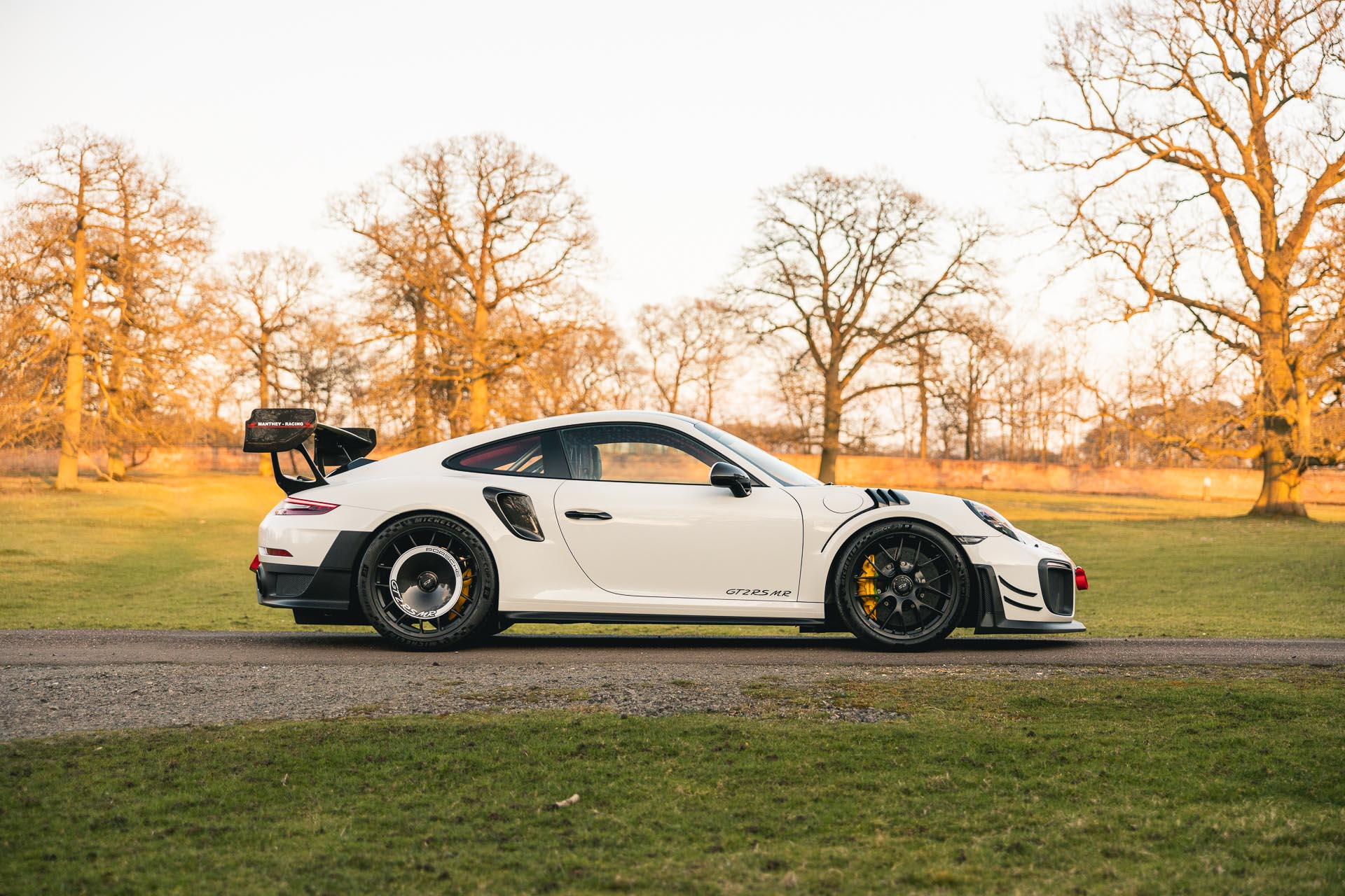 GT2-RS-MR-White10