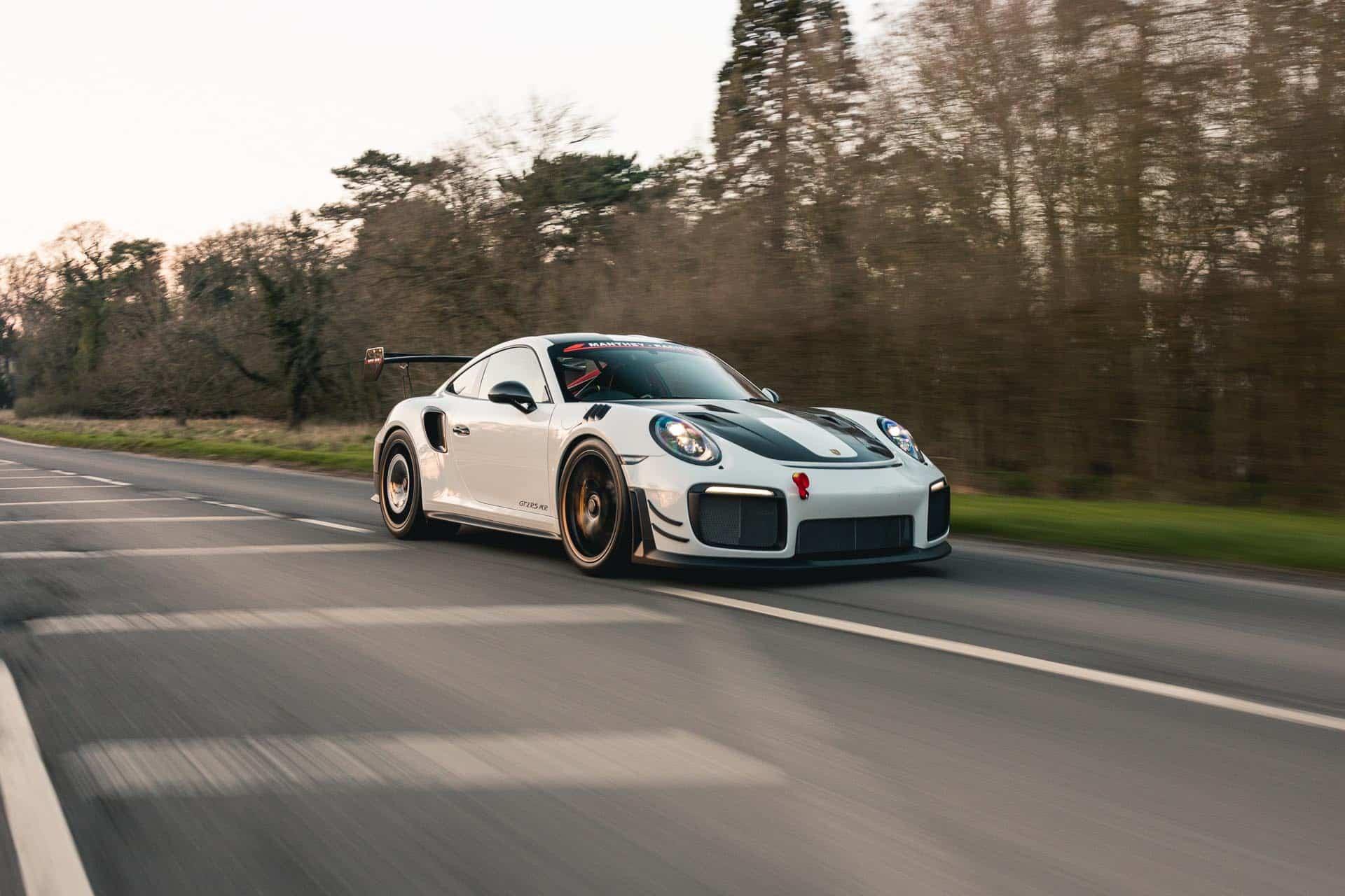 GT2-RS-MR-White13