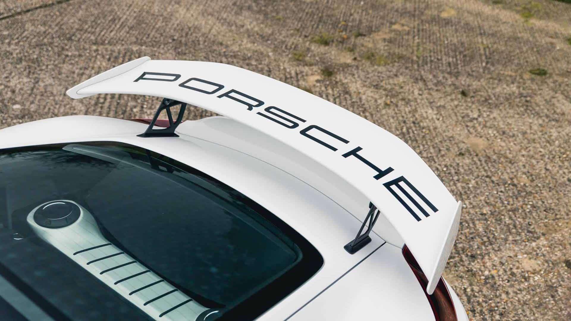 White-Cayman-GT4-15