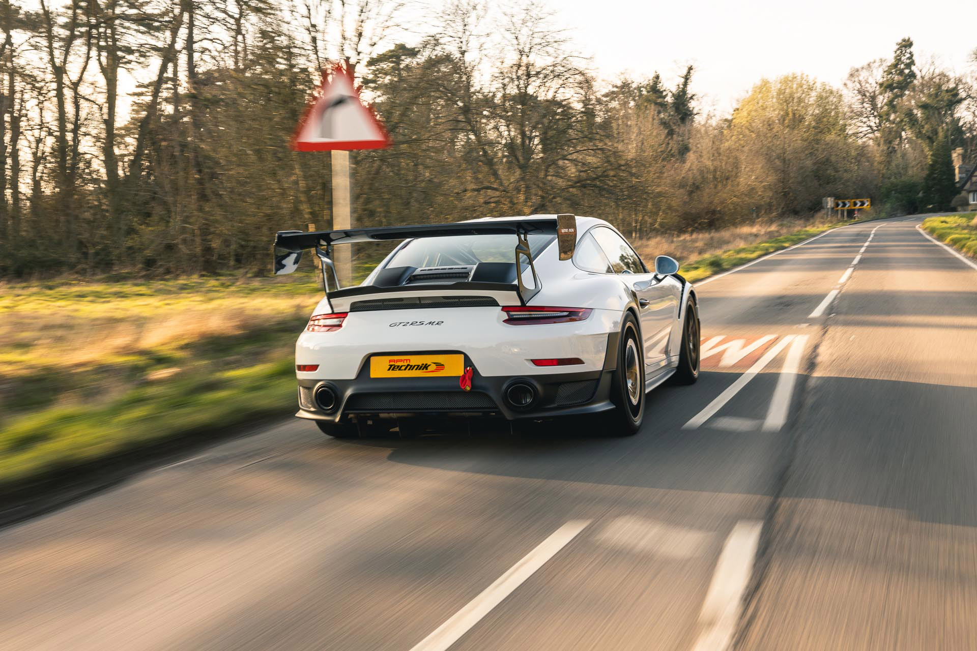 gt2rs mr on road