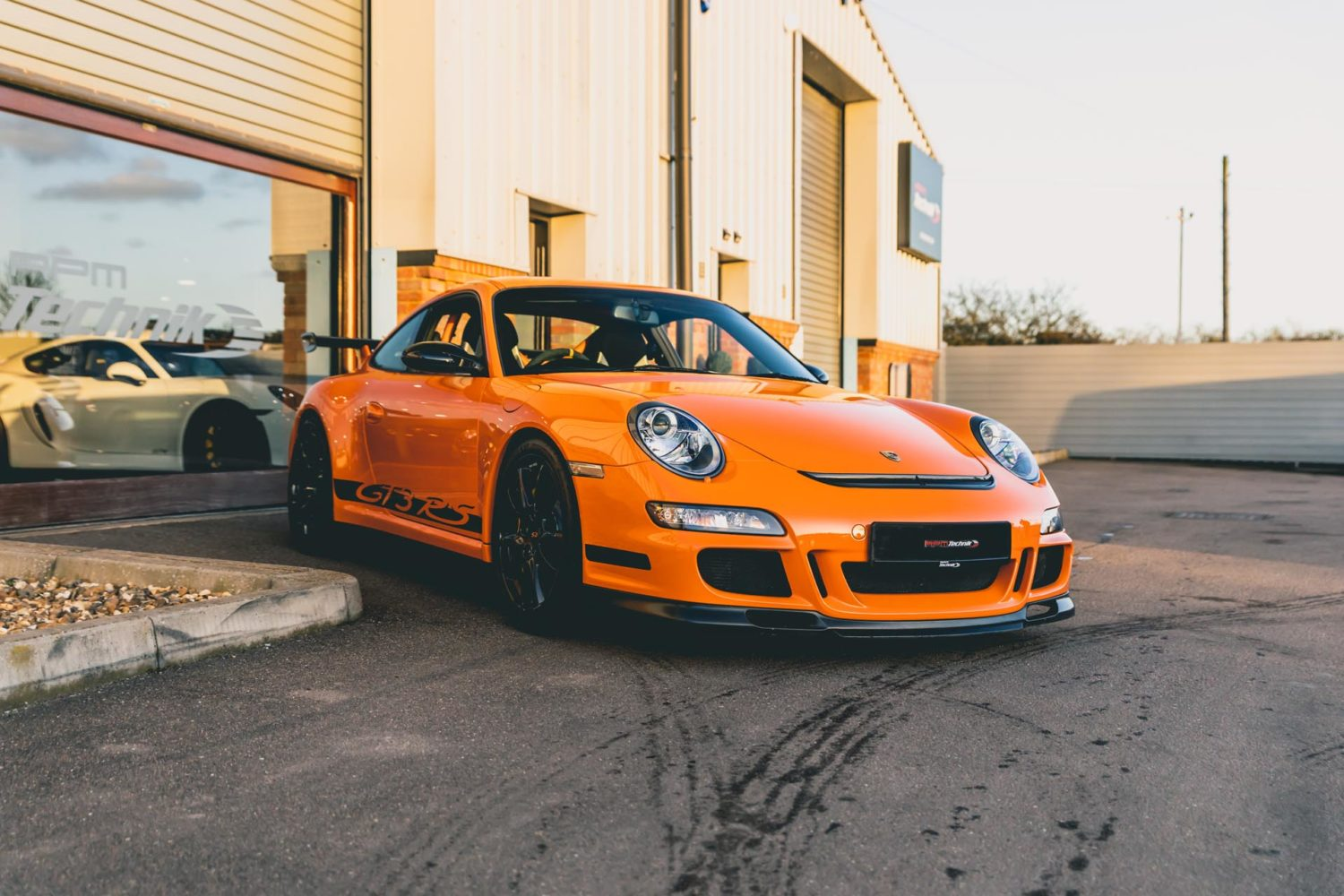 gt3rs outside RPM showroom