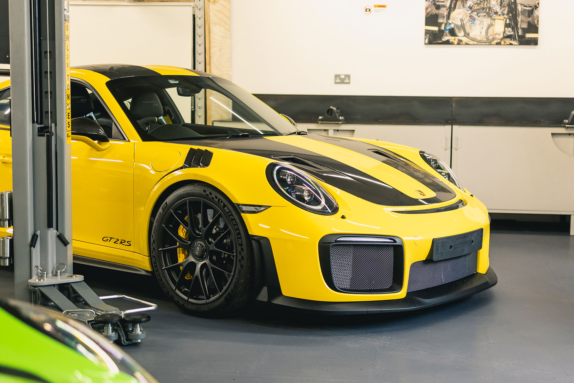 manthey racing gt2rs 12