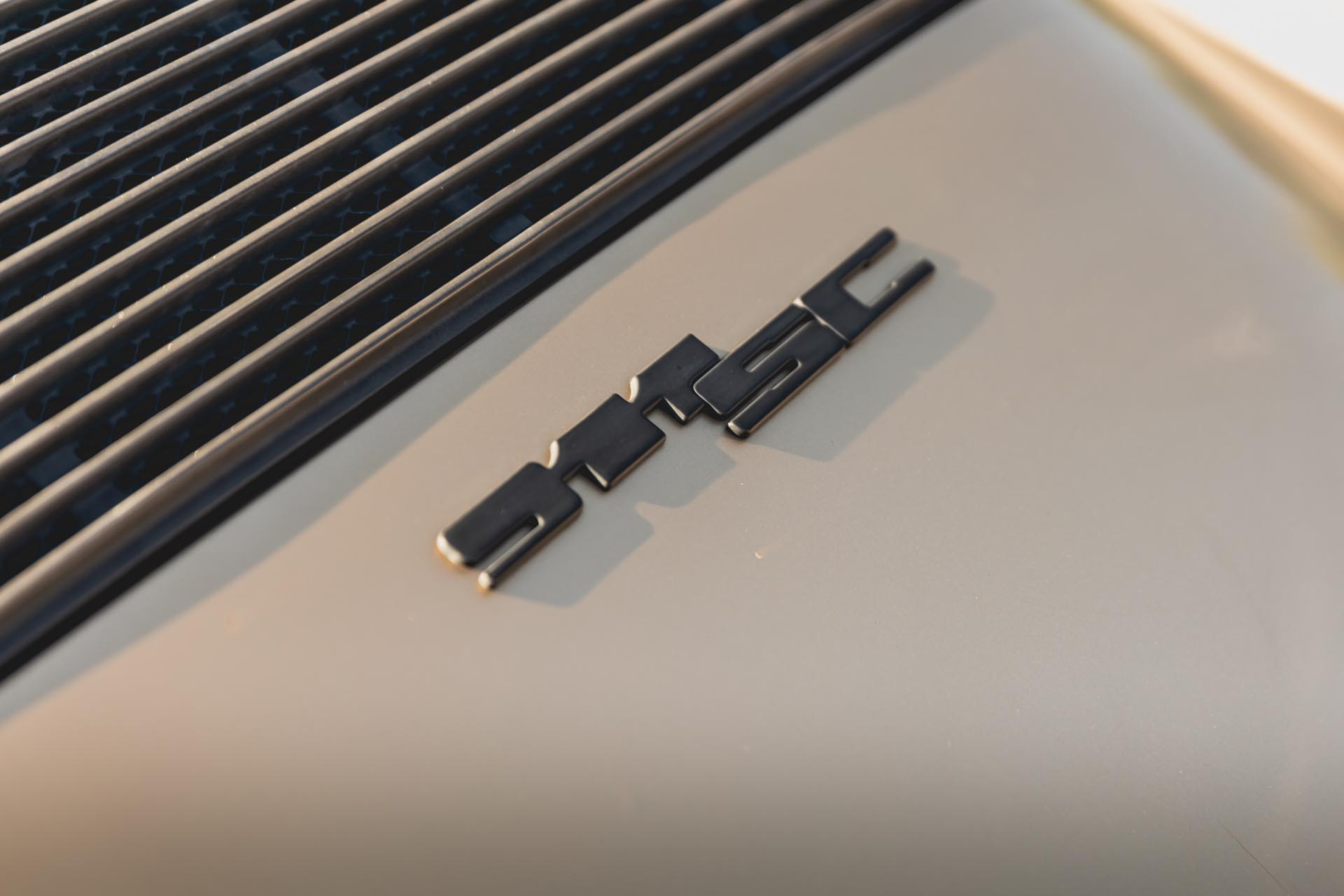 porsche-911-sc-badge